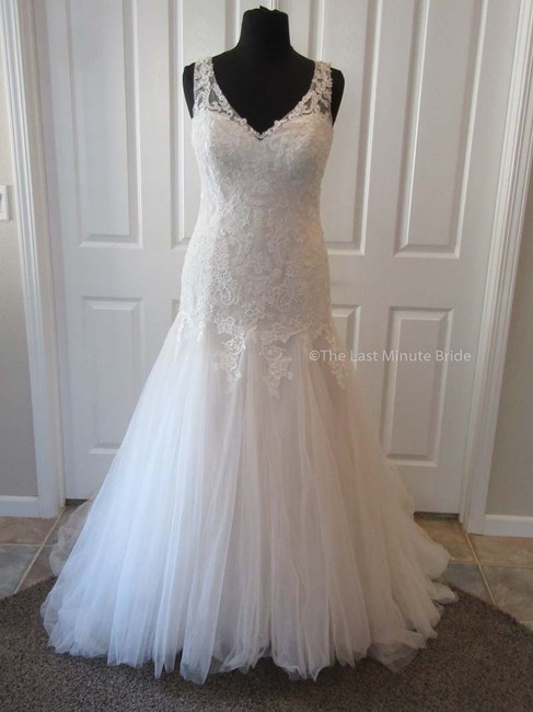Item - Sand/Ivory/Champagne Lace 3978 Feminine Wedding Dress Size 16 (XL, Plus 0x)