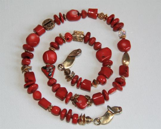 Unbranded Rare Unique Vintage Deep Red Coral Sterling Silver and Gold Necklace Image 8
