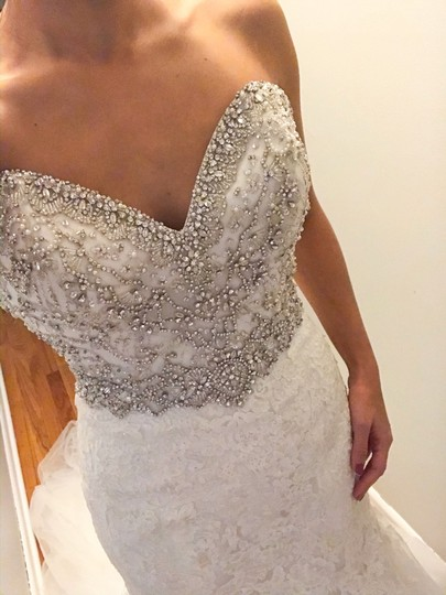 Allure Bridals Ivory Lace/Beading - Fit & Flare Formal Wedding Dress Size 4 (S) Image 2