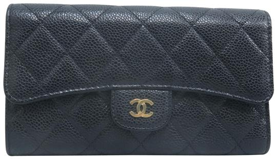 Preload https://img-static.tradesy.com/item/26283711/chanel-black-caviar-quilted-trifold-wallet-0-1-540-540.jpg