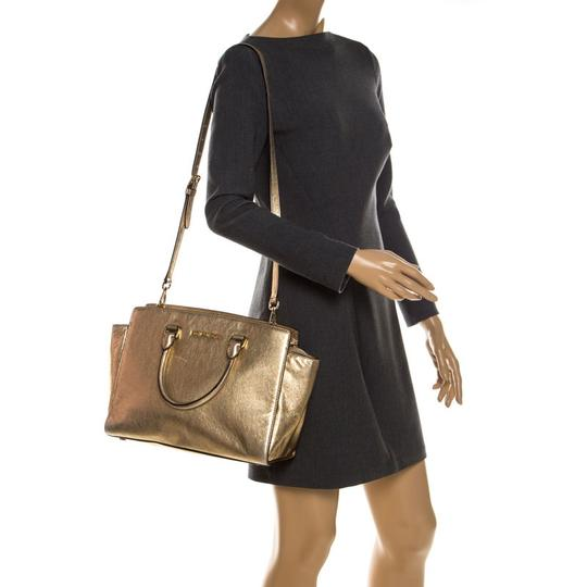 Michael Kors Leather Fabric Tote in Gold Image 2