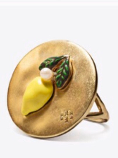 Tory Burch nwot tory burch le,on coin ring Image 1