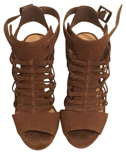 Preload https://img-static.tradesy.com/item/26283951/vince-camuto-taupebrown-unknown-sandals-size-us-5-regular-m-b-0-1-540-540.jpg