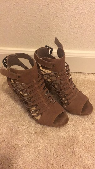 Vince Camuto taupe/brown Sandals Image 3