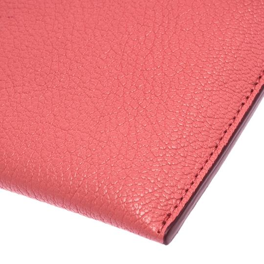 Burberry Leather Pink Clutch Image 5