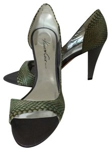 Kenneth Cole Gray, Green Pumps