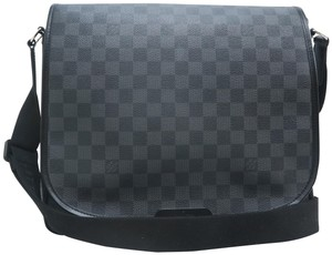 Louis Vuitton Lv Damier Graphite Canvas Daniel Black Messenger Bag