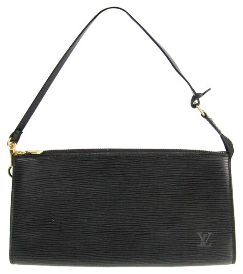 Preload https://img-static.tradesy.com/item/26289246/louis-vuitton-pochette-accessoires-24-m52942-handbag-noir-epi-leather-satchel-0-3-540-540.jpg