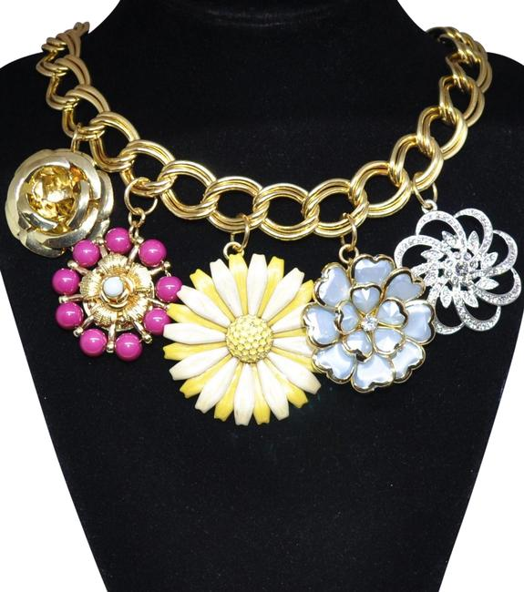 Item - Gold Tone Flower Charm Statement Necklace