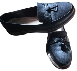 Clarks black and gray Flats