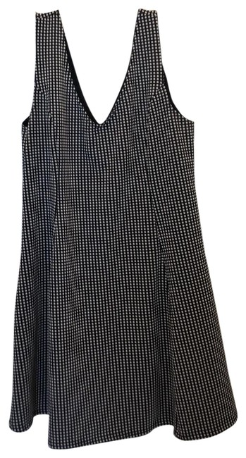 Item - Black and White Check Pattern Stretch Fit Flare Short Casual Dress Size 26 (Plus 3x)