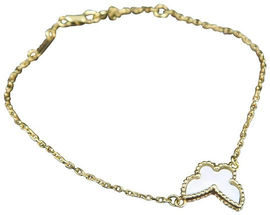 Preload https://img-static.tradesy.com/item/26297784/van-cleef-and-arpels-gold-mother-of-pearl-sweet-alhambra-butterfly-bracelet-0-0-540-540.jpg