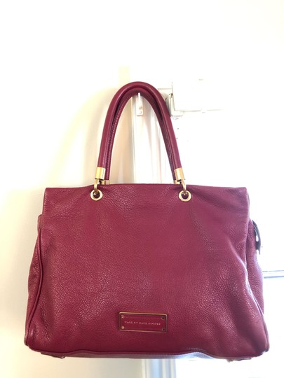 Marc by Marc Jacobs Tote in burgundy Image 2