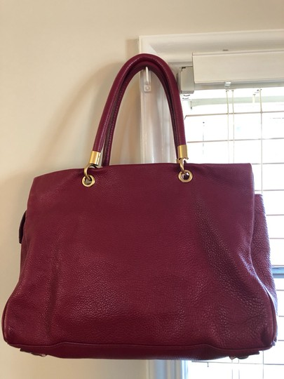 Marc by Marc Jacobs Tote in burgundy Image 3