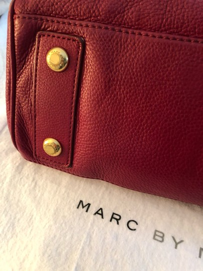 Marc by Marc Jacobs Tote in burgundy Image 5