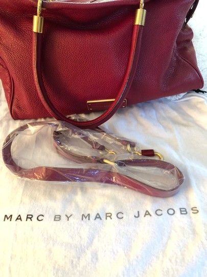 Marc by Marc Jacobs Tote in burgundy Image 7