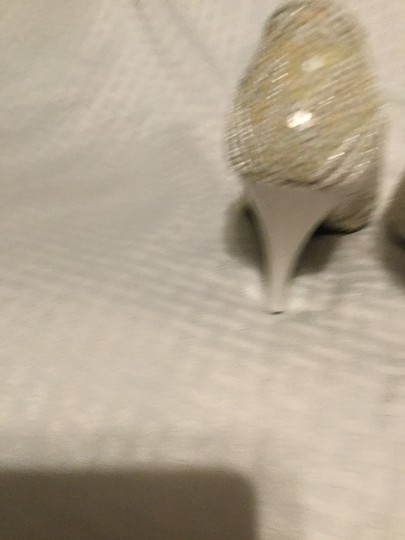 Flings Cream and White Pumps Image 3