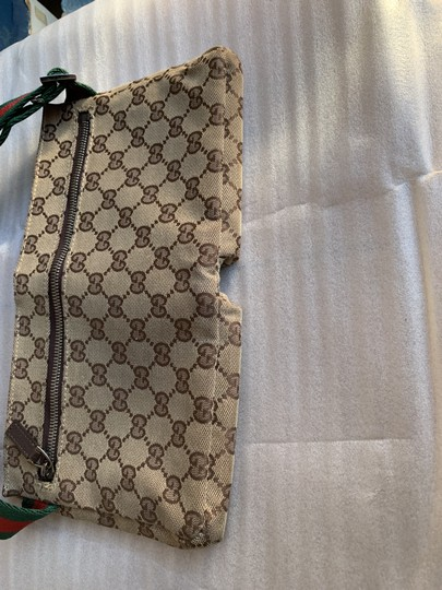 Gucci Wristlet in brown Image 9