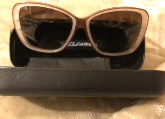 Dolce&Gabbana Dolce & Gabbana D&G Tan and Mother of Pearl Oversized Sunglasses Image 2