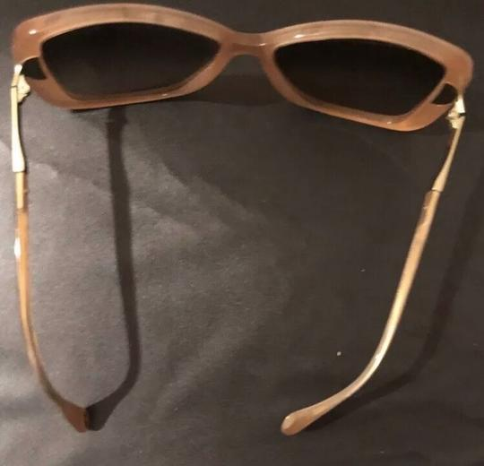 Dolce&Gabbana Dolce & Gabbana D&G Tan and Mother of Pearl Oversized Sunglasses Image 3