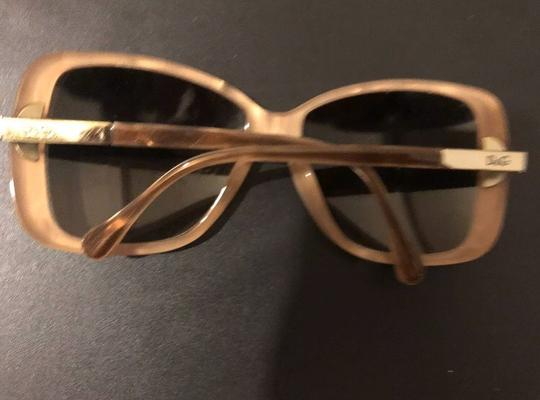 Dolce&Gabbana Dolce & Gabbana D&G Tan and Mother of Pearl Oversized Sunglasses Image 5