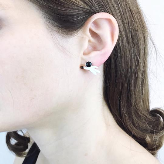 Other Astronaut Holding Star Asymmetric Stud Earrings Image 2