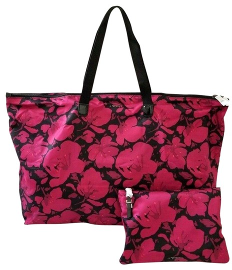 Preload https://img-static.tradesy.com/item/26298073/tumi-new-2pcs-packable-floral-lightweight-duffel-tote-pouch-magenta-nylon-weekendtravel-bag-0-1-540-540.jpg