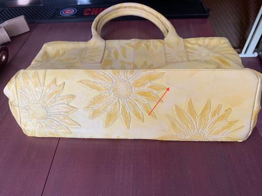 Falor Leather Tooled Embossed Tote in yellow Image 8