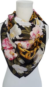 Chanel Vintage 100% real Silk Camellia Floral Pink Chain Square scarf 35 X35