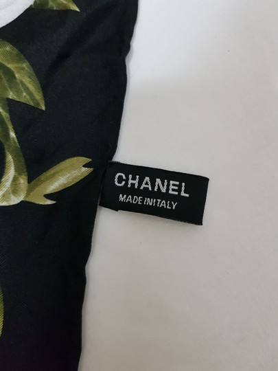 Chanel Vintage 100% real Silk Camellia Floral Pink Chain Square scarf 35 X35 Image 6