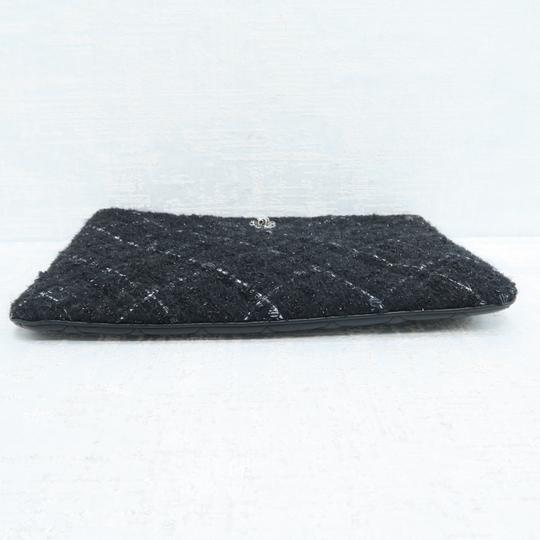 Chanel Quilted Pouch Lambskin Black Clutch Image 3