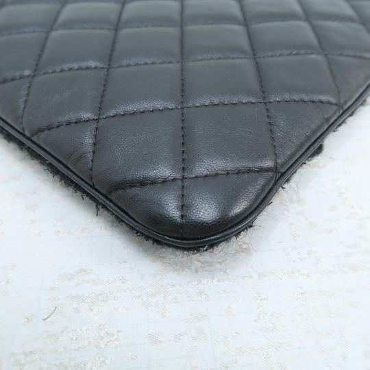 Chanel Quilted Pouch Lambskin Black Clutch Image 4