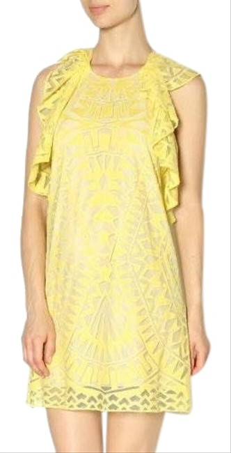 Preload https://img-static.tradesy.com/item/26298182/bcbgmaxazria-yellow-xs-xxs-fits-like-xs-mid-length-short-casual-dress-size-00-xxs-0-1-650-650.jpg