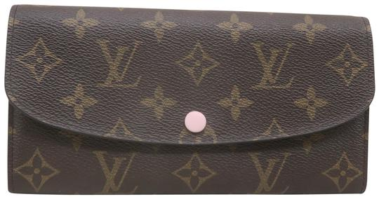 Preload https://img-static.tradesy.com/item/26298230/louis-vuitton-brown-emilie-monogram-canvas-wallet-0-1-540-540.jpg