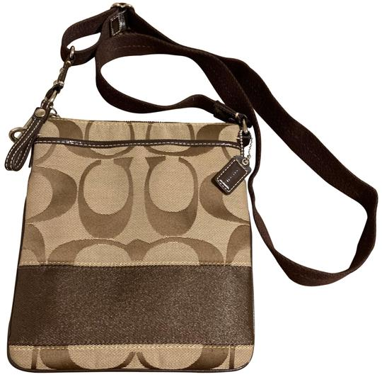 Preload https://img-static.tradesy.com/item/26298291/coach-crossbody-signature-khaki-brown-canvas-with-leather-and-patent-leather-trim-messenger-bag-0-2-540-540.jpg