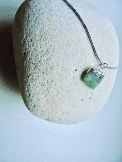 Crystal Rose Raw Emerald Silver Dipped Silver Snake 16
