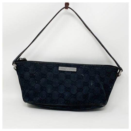 Preload https://img-static.tradesy.com/item/26300191/gucci-gg-monogram-pochette-black-canvas-clutch-0-0-540-540.jpg
