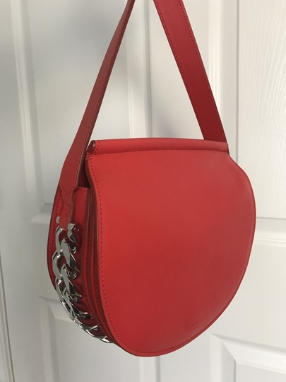 Preload https://item4.tradesy.com/images/givenchy-infinity-mini-saddle-red-calfskin-leather-cross-body-bag-26300218-0-0.jpg?width=440&height=440