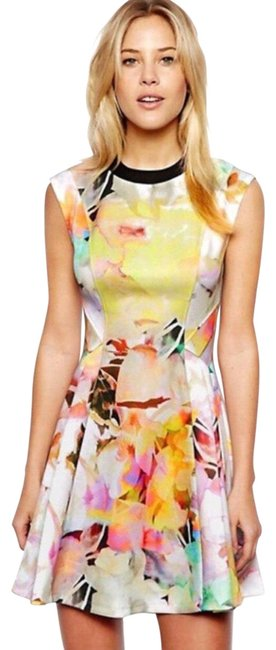 Preload https://img-static.tradesy.com/item/26300334/ted-baker-scuba-in-electric-daydream-print-short-casual-dress-size-os-one-size-0-3-650-650.jpg