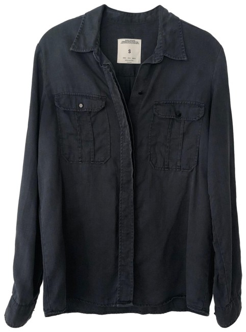 Preload https://img-static.tradesy.com/item/26300417/zara-blue-none-button-down-top-size-4-s-0-1-650-650.jpg