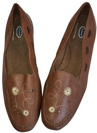 Preload https://img-static.tradesy.com/item/26300563/dr-scholl-s-tan-slip-on-s-flats-size-us-11-regular-m-b-0-2-540-540.jpg