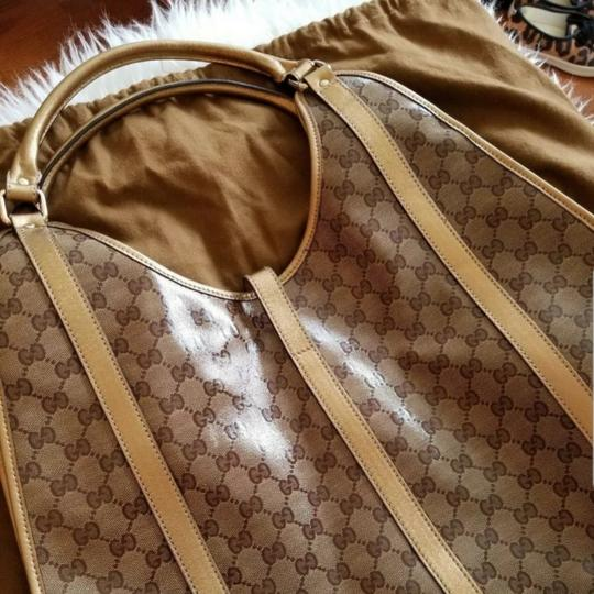Gucci Tote in Brown Image 10