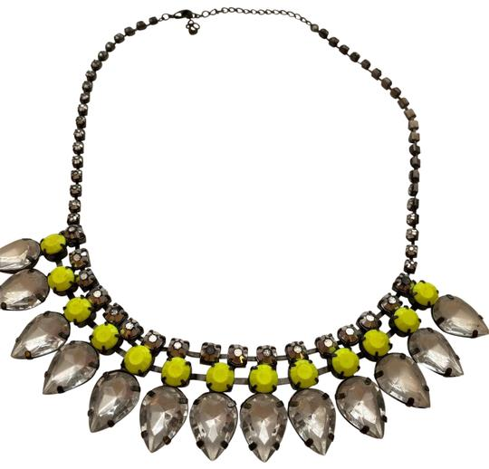 Preload https://img-static.tradesy.com/item/26300677/h-and-m-yellow-neon-necklace-0-2-540-540.jpg