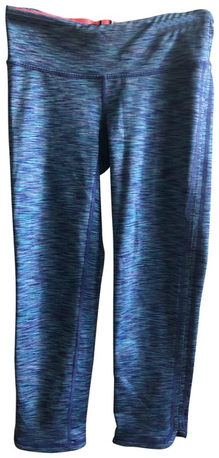 Preload https://img-static.tradesy.com/item/26300686/lilly-pulitzer-crop-activewear-bottoms-size-0-xs-0-1-650-650.jpg