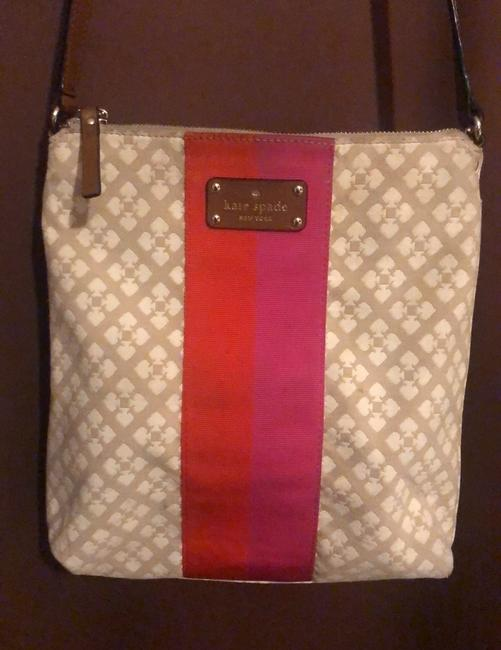 Kate Spade Classic Victoria Tan Cream with Pink & Red Accent Stripe Canvas Messenger Bag Kate Spade Classic Victoria Tan Cream with Pink & Red Accent Stripe Canvas Messenger Bag Image 2