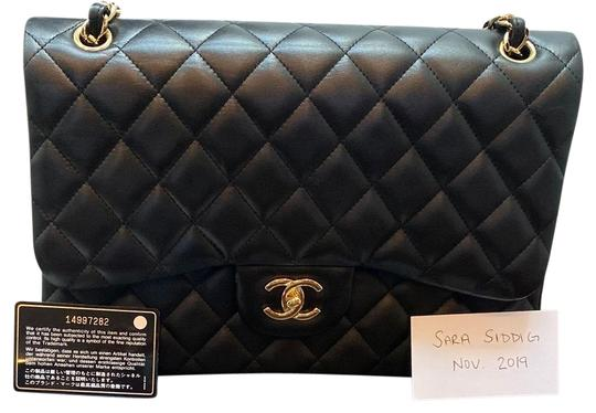 Preload https://img-static.tradesy.com/item/26304151/chanel-double-flap-classic-jumbo-black-lambskin-leather-shoulder-bag-0-1-540-540.jpg