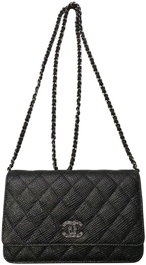 Preload https://img-static.tradesy.com/item/26304272/chanel-wallet-on-chain-black-cross-body-bag-0-1-540-540.jpg