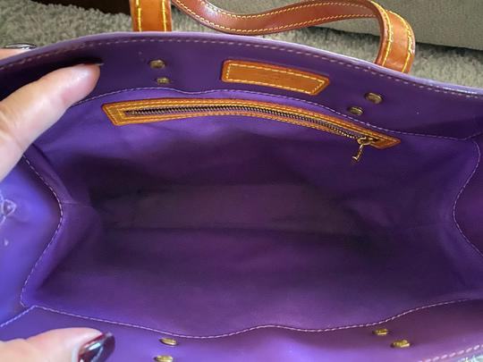Louis Vuitton Tote in purple Image 3