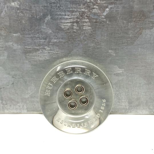 Preload https://img-static.tradesy.com/item/26304371/burberry-clear-12-rare-lucite-buttons-charm-0-0-540-540.jpg