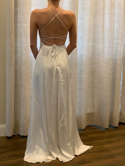 Show Me Your Mumu Ivory Silky Fabric - Polyester XS Simple Destination Wedding Dress Size 0 (XS) Image 2